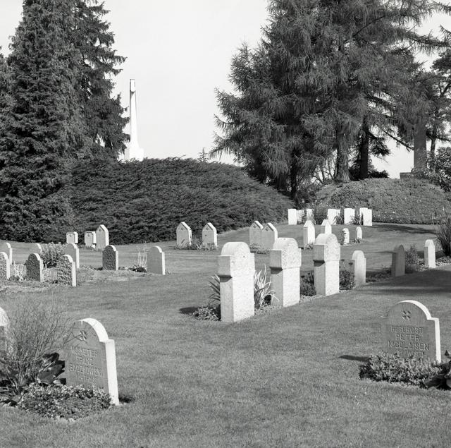 St. Symphorien Military Cemetery-155