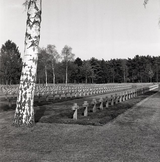 Duitse militaire begraafplaats-212